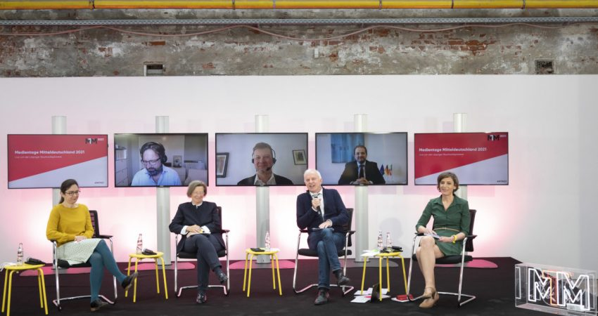 Bild von Paneldiskussion 'Ein Jahr Corona: Wie groß ist das Vertrauen der Deutschen in die Medien?', MTM 2021, © Viktoria Conzelmann